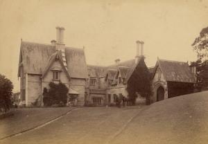 `Greenoaks',_Darling_Point,_1895